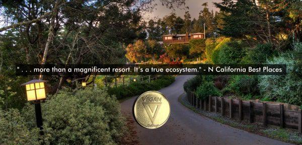 Entrance-of-Stanford-Inn-BeVeg-Certified-Vegan-Resort